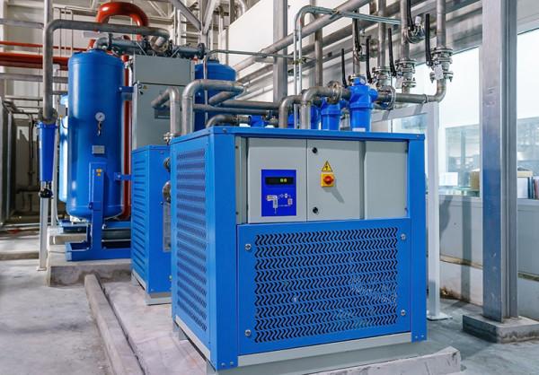 Entretien et maintenance de compresseurs à air comprimé industriel 28